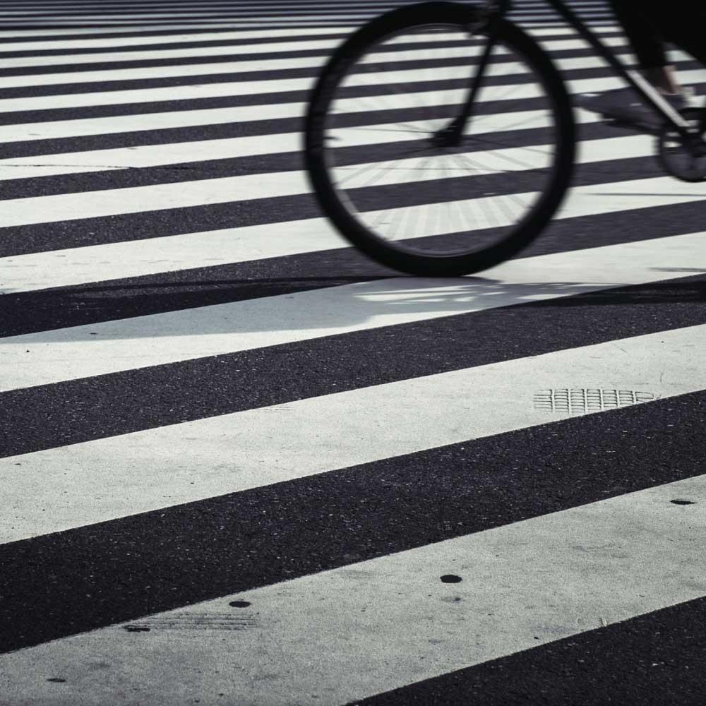 """Spøgelsescyklisme - Via Trafik er meget stolte over at have modtaget GF Trafikprisen for projektet """"Spøgelsescyklister – Hvem, hvor mange og hvor farlige er de?"""" Vi glæder os meget til at udforske dette fænomen nærmere i løbet af 2021."""
