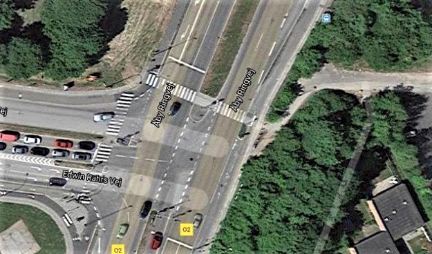 Trafiksikkerheden skal skærpes i et farligt Aarhus-kryds. Via Trafiks trafiksikkerhedsspecialist, Michael Sørensen, Giver sit besyv med om sagen i Lokalavisen Aarhus.