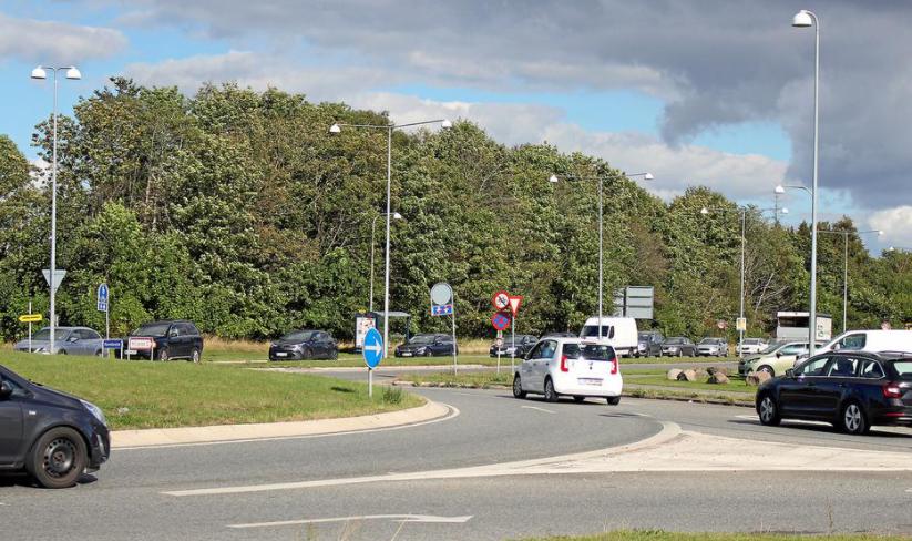 Rundkørsel på Herredsvejen i Hillerød ombygges. Via Trafik hjælper med opgaven.